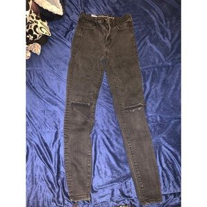 Black ripped at the knee American Eagle Jeggings